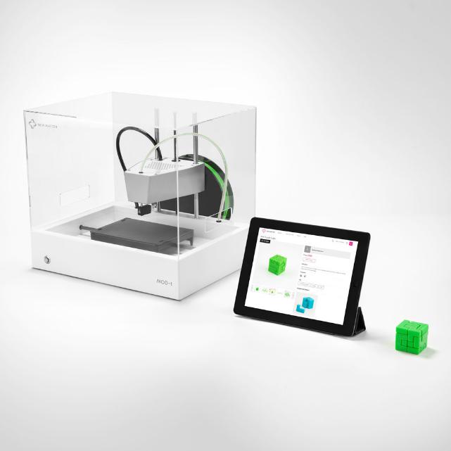 new-matter-mod-t-3D-printer-with-ipad.jpg