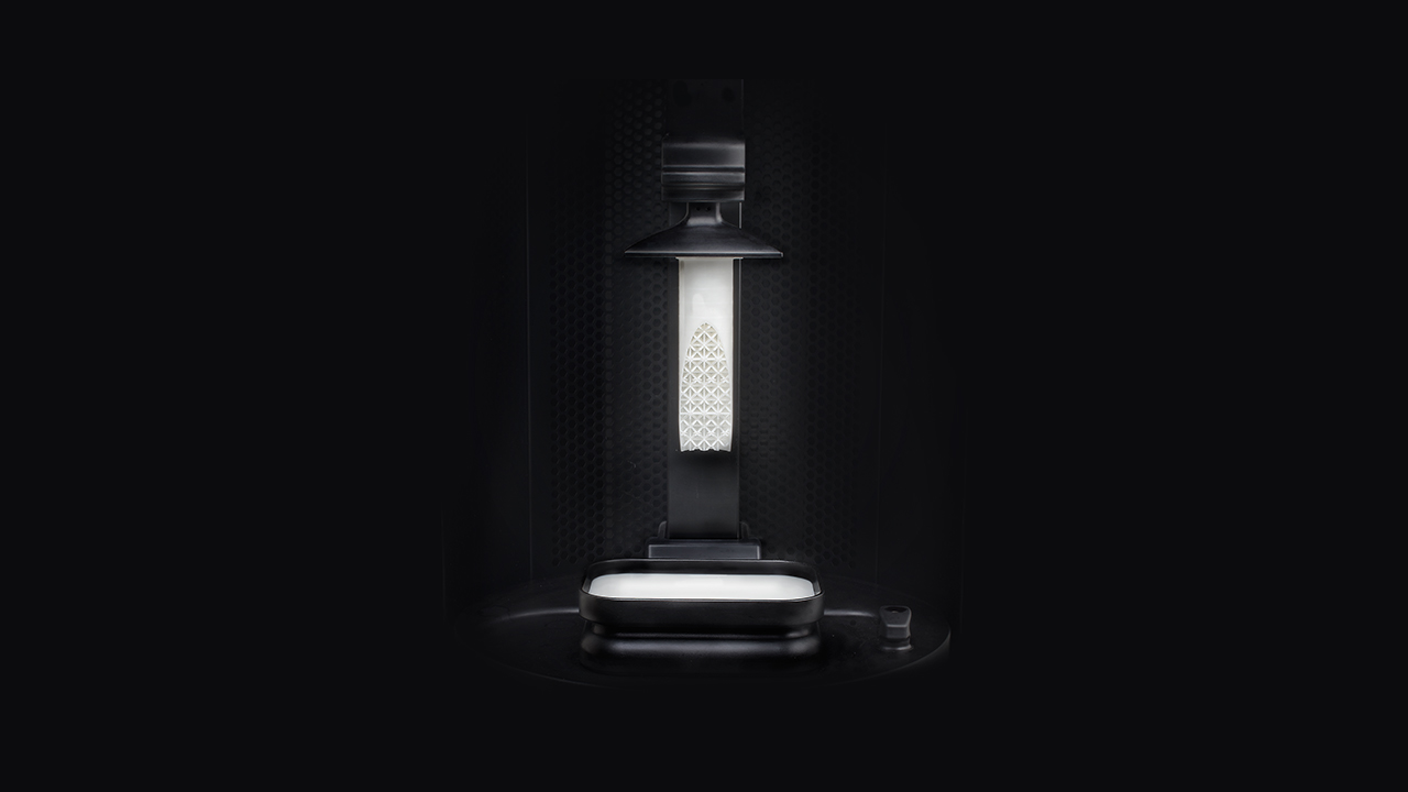 carbon 3D printer with white pipe