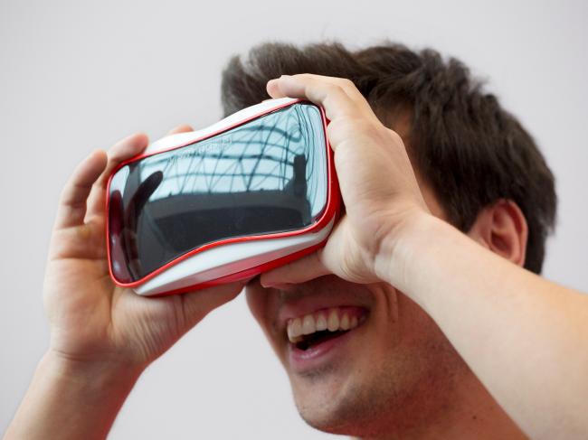 mattel view-master VR case