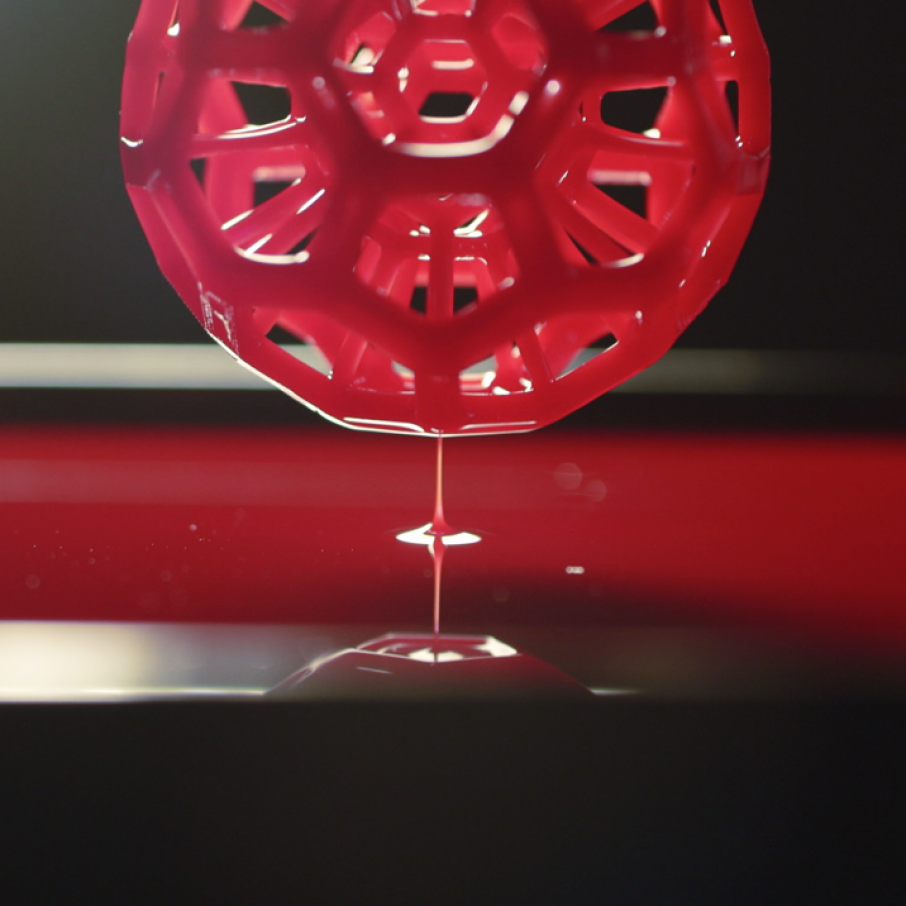Carbon Finally Unveils First Commercial CLIP 3D Printer