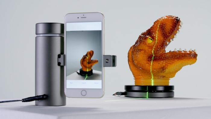 eora 3D's handheld scanning system