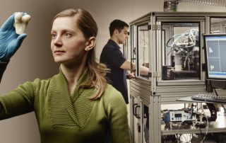 University of Waterloo in Canada, growing replacement joints on the 3D printer