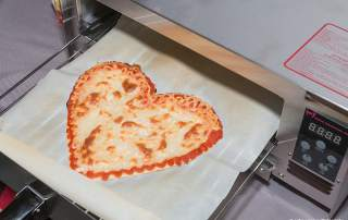 The Beehex 3D printer can make a pizza in four minutes