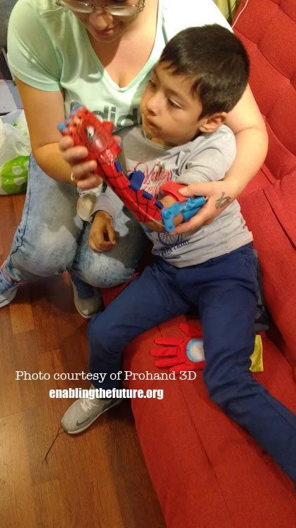 eNABLE delivered a 3D printed hand to a child in Chile