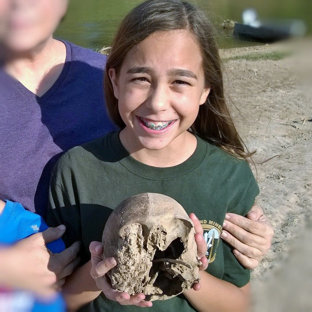 Lilly Garfinkel holding her find. Image: Charles Garfinkel