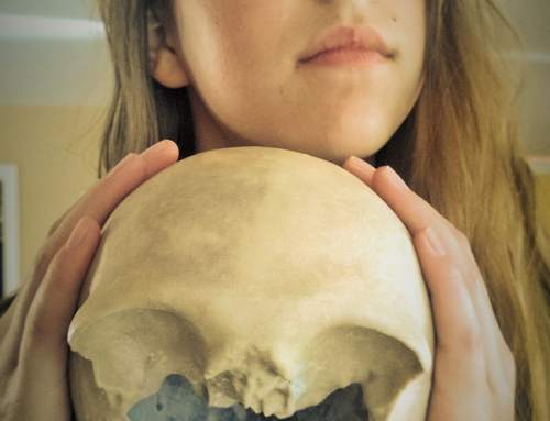 Girl finds skull and recreates it using 3D printing