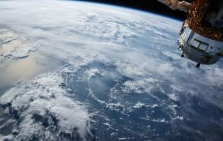 3D bioprinting in space with the help of magnets