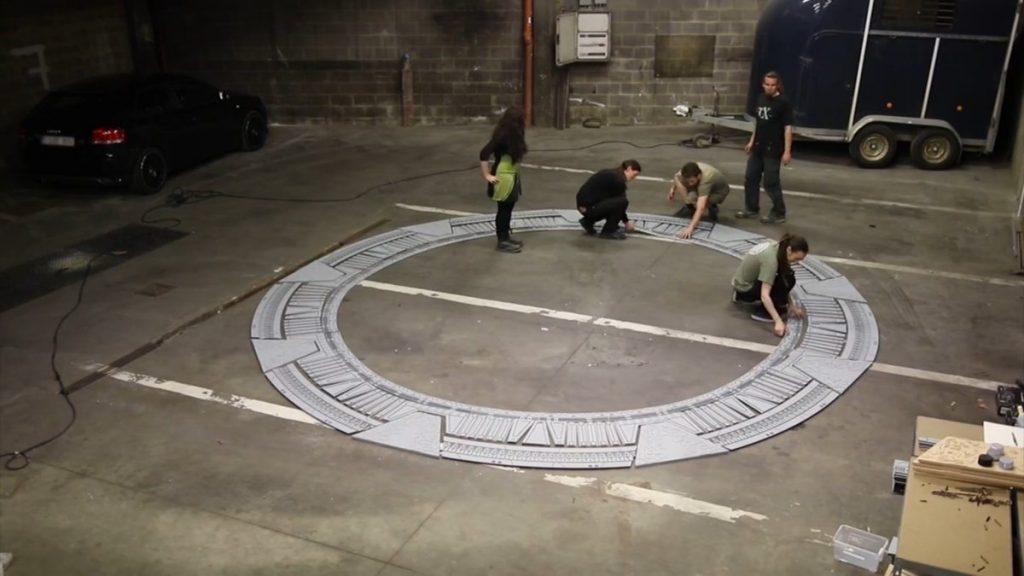 Sci-fi. Working on the Stargate. Image: Vigo Universal