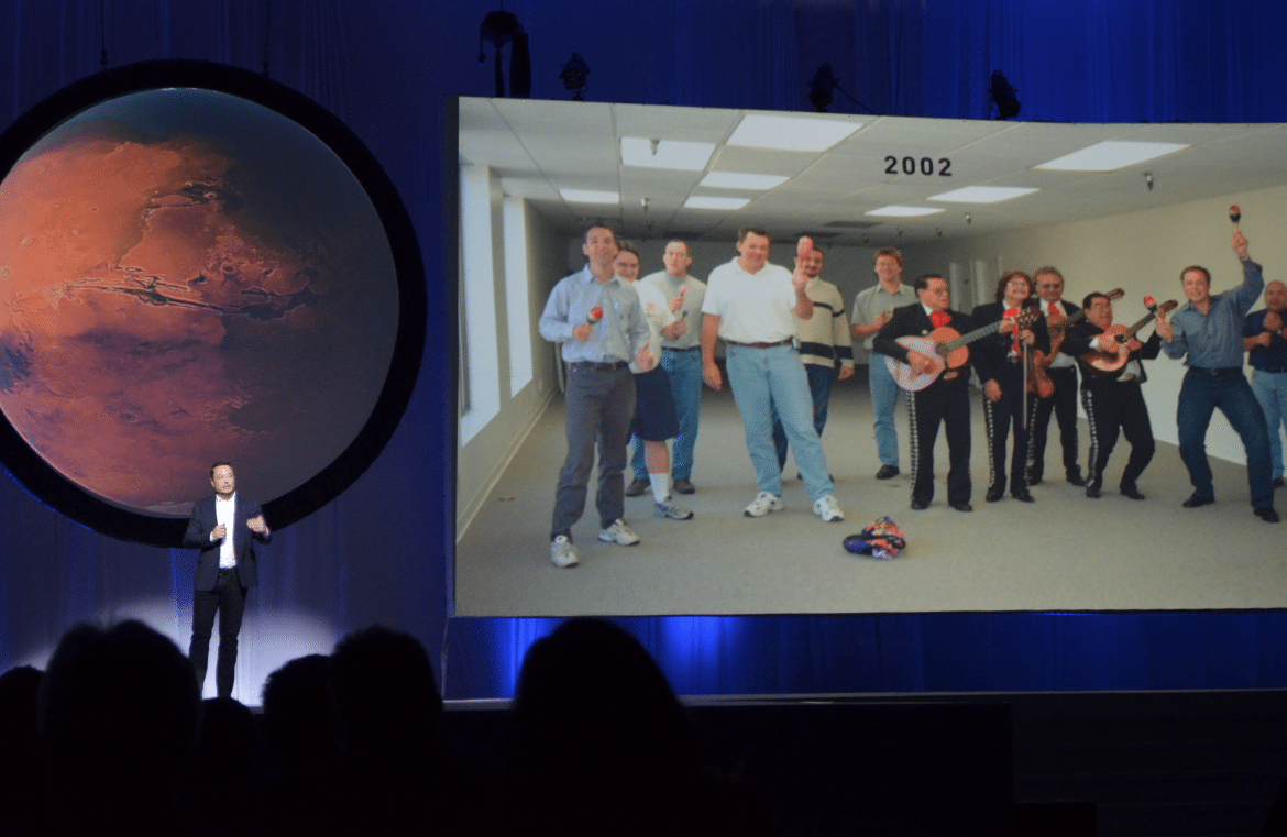 Elon Musk Shows How 3D Printing Powers Mission to Colonize