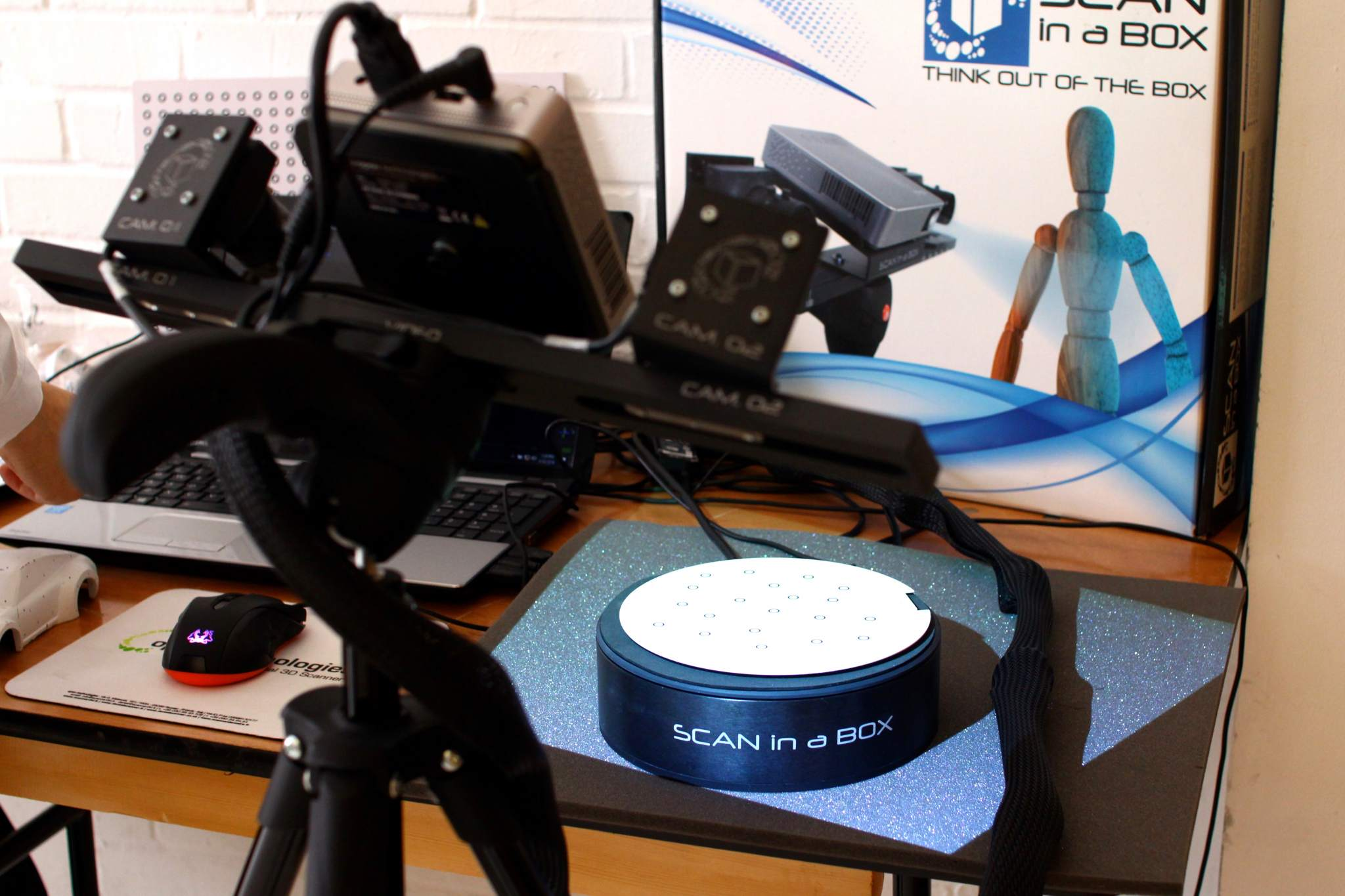 Scan in a Box, a desktop 3D scanner by Open Technologies SRL. Photo via Open Technologies.