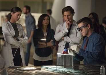 A still from the new CBS tech drama 'Pure Genius' that sees a heart 3D printed in its Pilot episode. Image via: CBS
