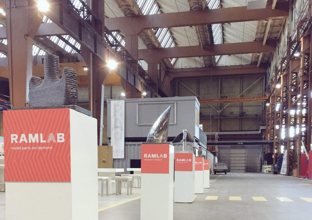 RAMLAB 3D printed metal parts on display inside Rotterdam's Innovation Dock. Photo via: RAMLABNL on Twitter