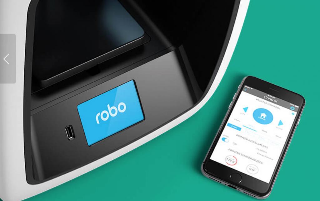 The Robo R2 3D printer & the Robo App. Image via: robo3d.com