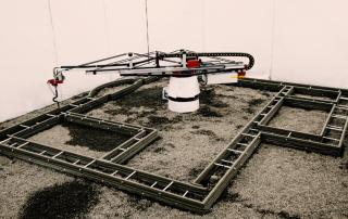 Image of the Apis Cor 3D concrete printer. Image via Apis Cor