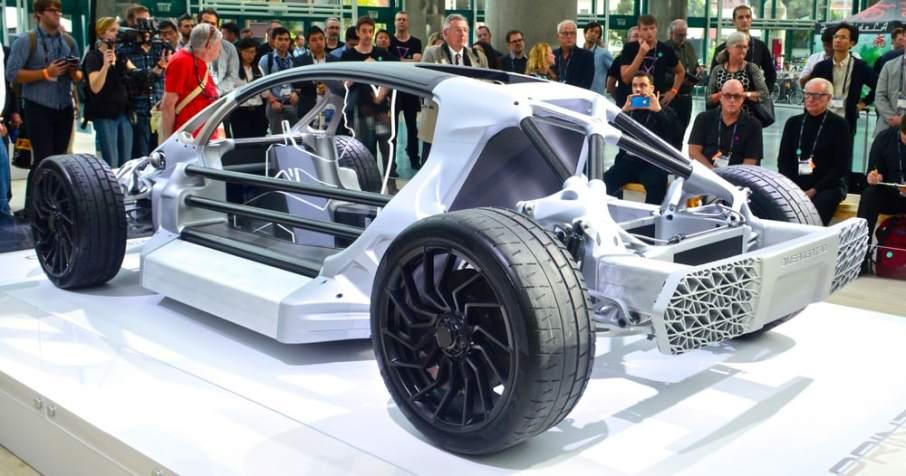 2016 review divergent blade ultem drone laika studios for Atlas car aluminium