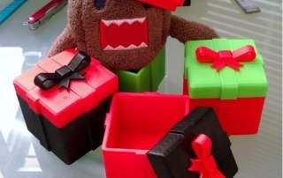 The 3D printed Christmas gift box. One of Winbo's many free Christmas designs. Image via Winbo.