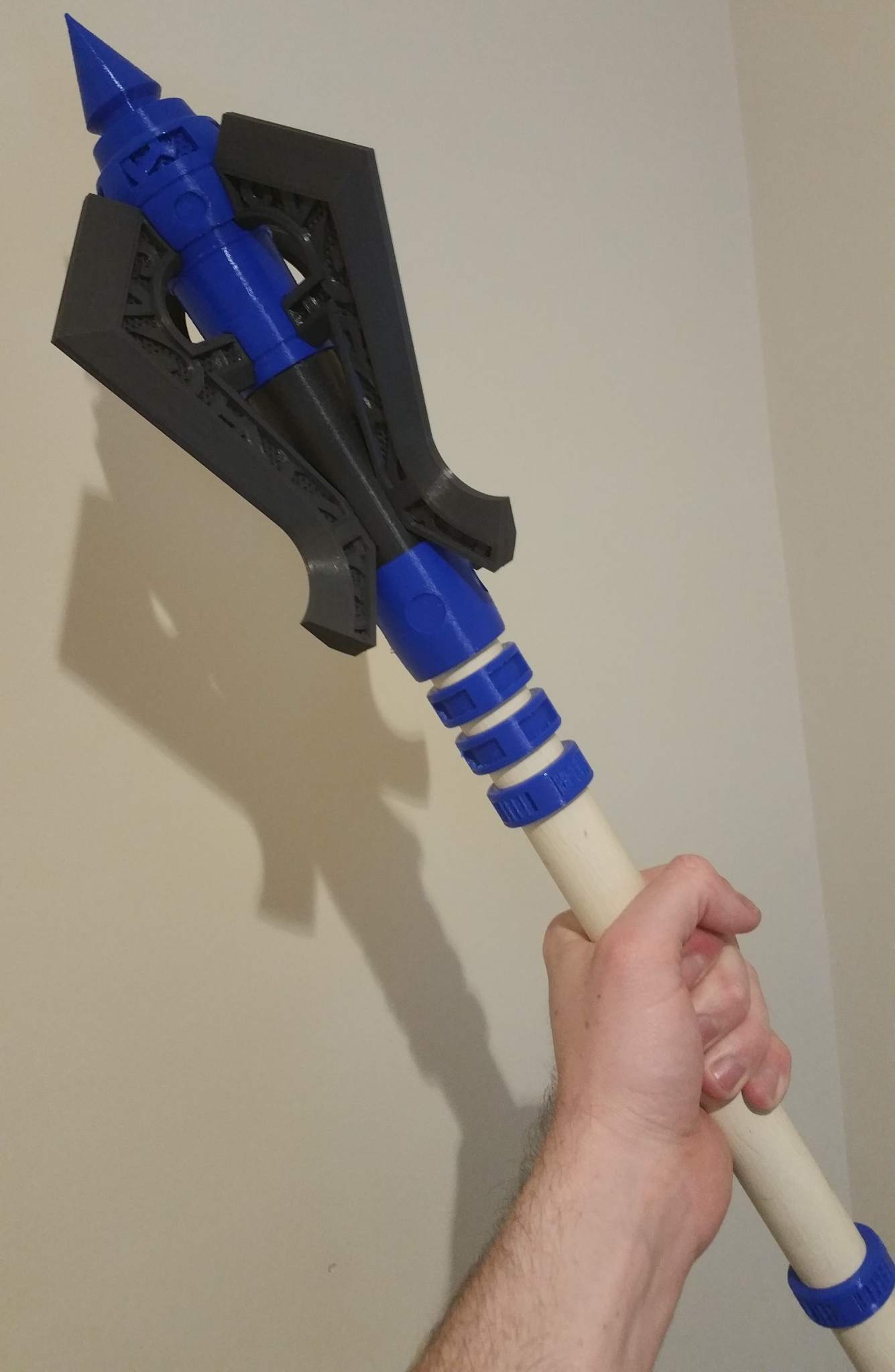 The 3D printed Skyrim Steel Mace. Image via Daniel Lilygreen on MyMiniFactory.