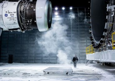Testing of the GEnX series engine that contains 3D printed parts. Photo via GE