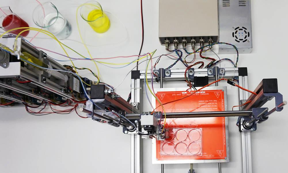 The skin-producing Bioprinter. Photo via Universidad Carlos III de Madrid (UC3M).