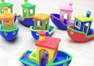 Neon 3D Benchy boats by Javen Wilson of Mosaic Manufacturing Photo via: 3D Benchy on Flickr