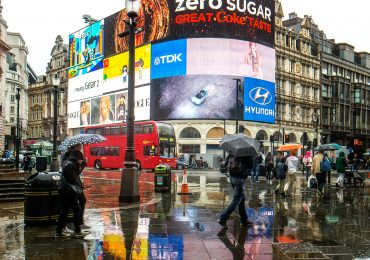 The LED screen advertising boards in London's Piccadilly Circuc. Photo by Garry Knight on Flickr