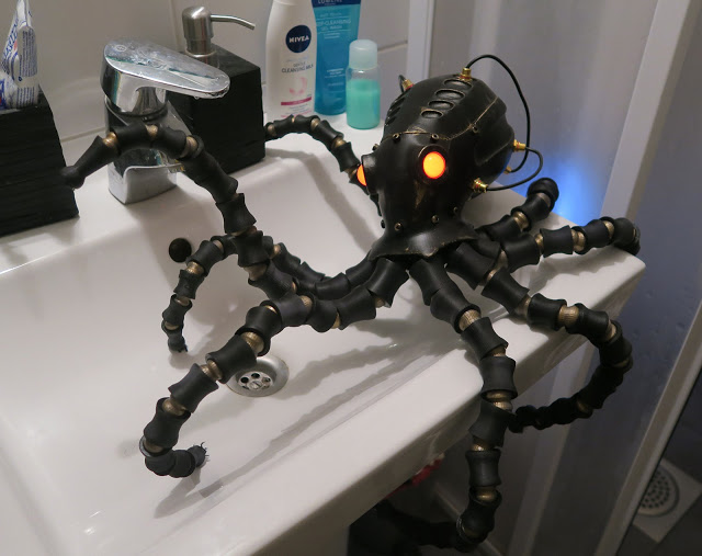 One of the Cyber Octopuses. Photo via Nicola P