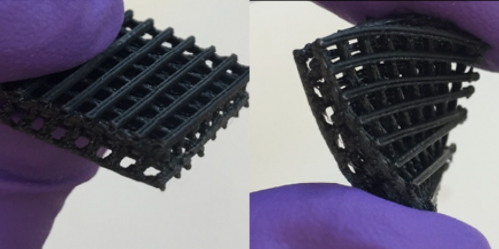 Flexible lattices used for growing living stem cells, 3D printed in TPU/PLA and graphene oxide. Photos via: Advincula et al.