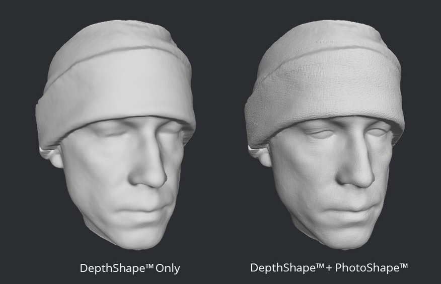 3D models with and without PhotoShape lighting. Image via: Bellus3D