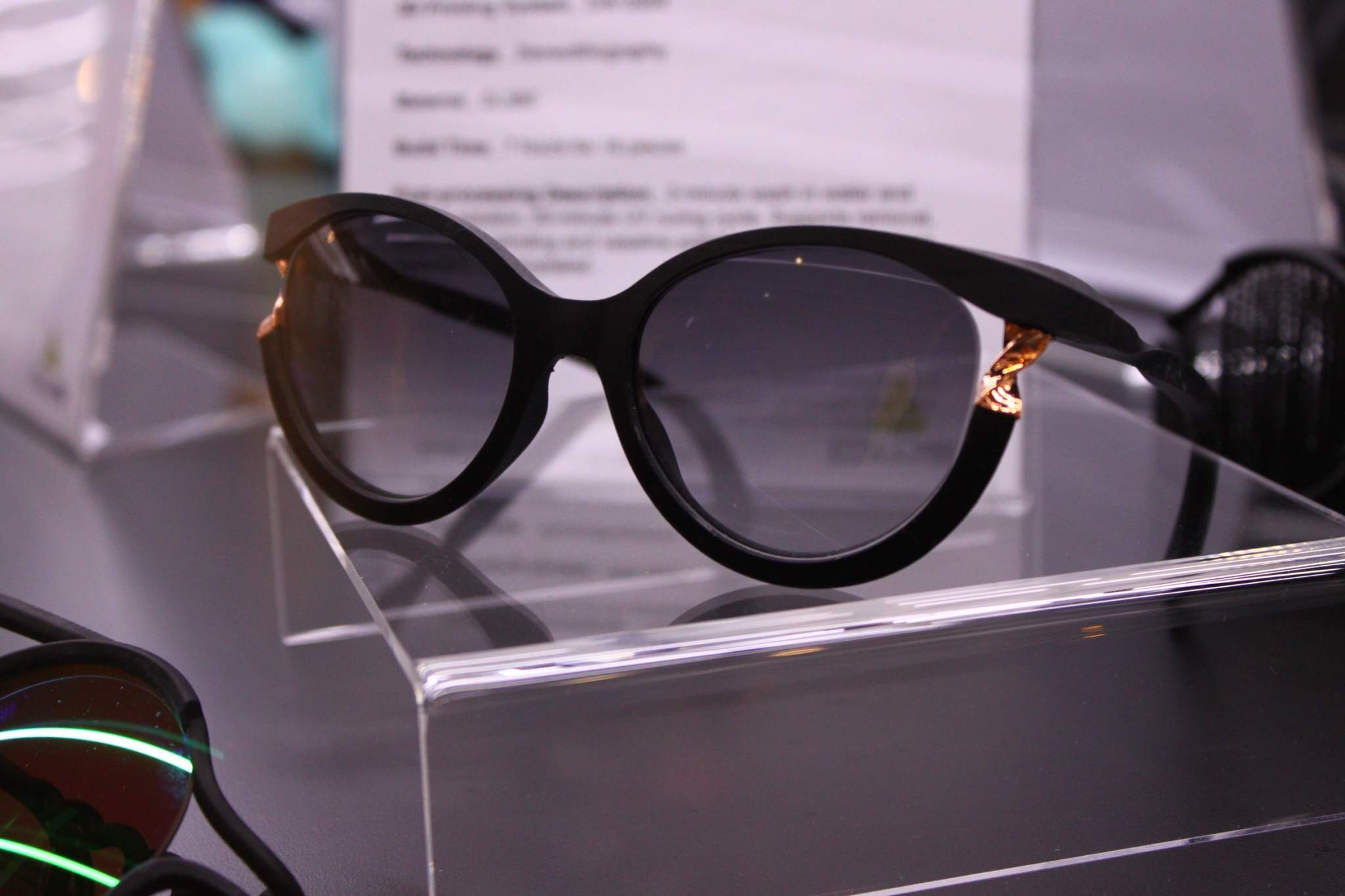 Alice Barki's 3D printed eyewear. Photo via DWS.