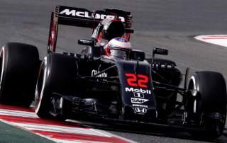 McLaren Formula 1 car during the 2016 season. Photo via SkySports.