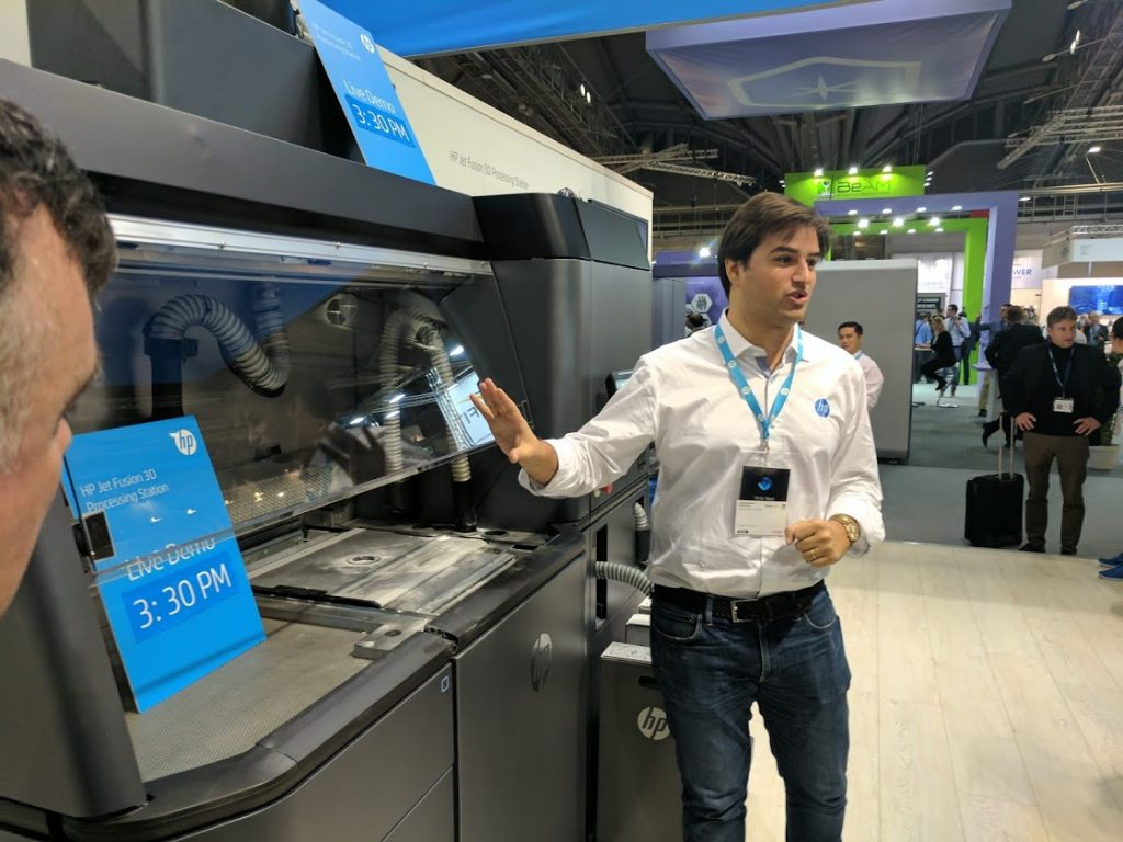 HP demonstrate the Multi Jet Fusion 3D printing system. Photo by Michael Petch.