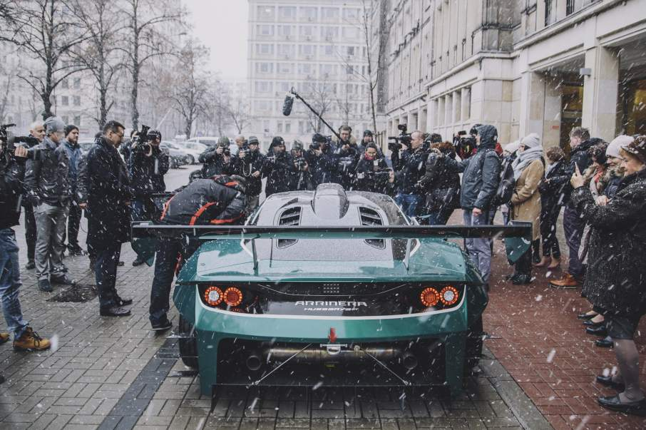 The Arrinera Hussarya visits Poland's Ministry of Development. Photo via arrinera.com