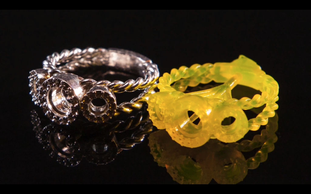 A 3D printed (right) ring casted in silver (left) Photo via B9Creations on YouTube
