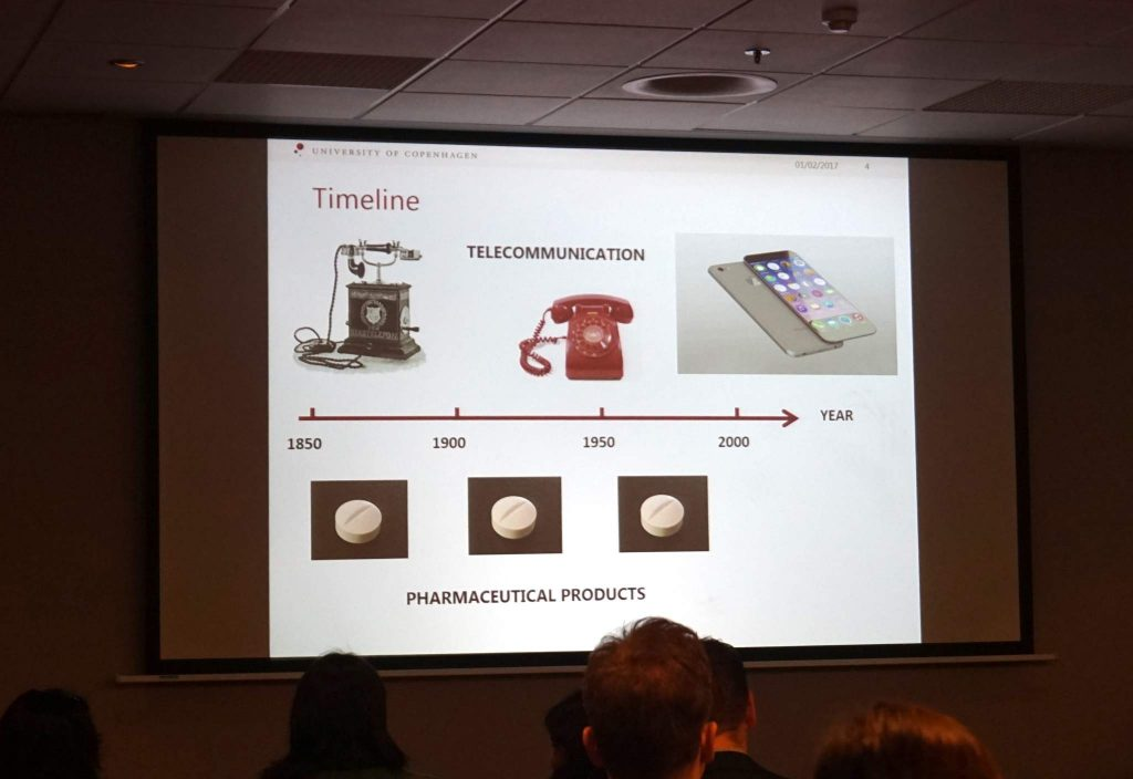 "Evolution of pharmaceutical products in comparison to the telecommunications industry. Slide by Professor Jukka Rantanen from ""Designing compartmental pharmaceutical products based on 3D printing"" at 3D Medical Expo 2017"