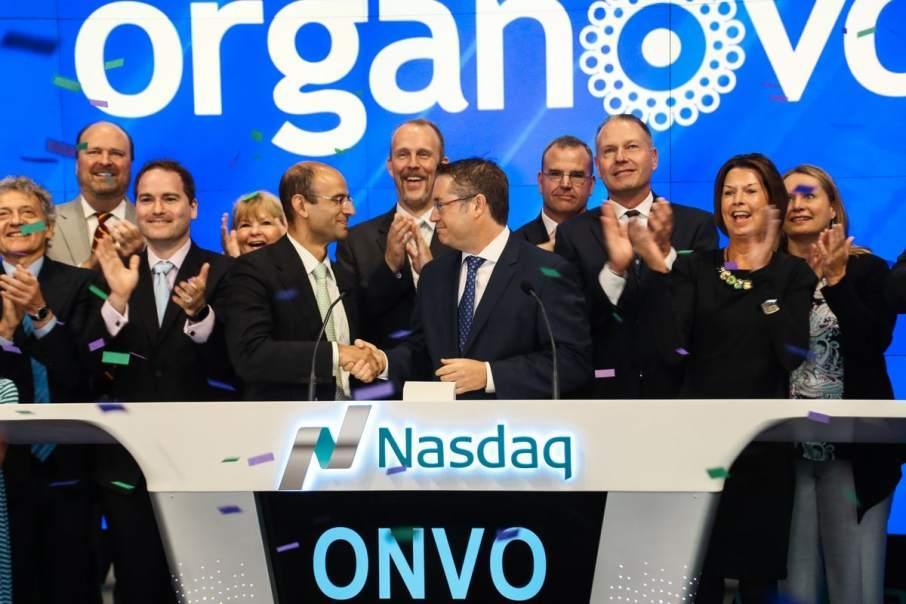 Keith Murphy (center right) hosts Organovo ringing the NASDAQ opening bell in October 2016. Photo via Organovo on Twitter