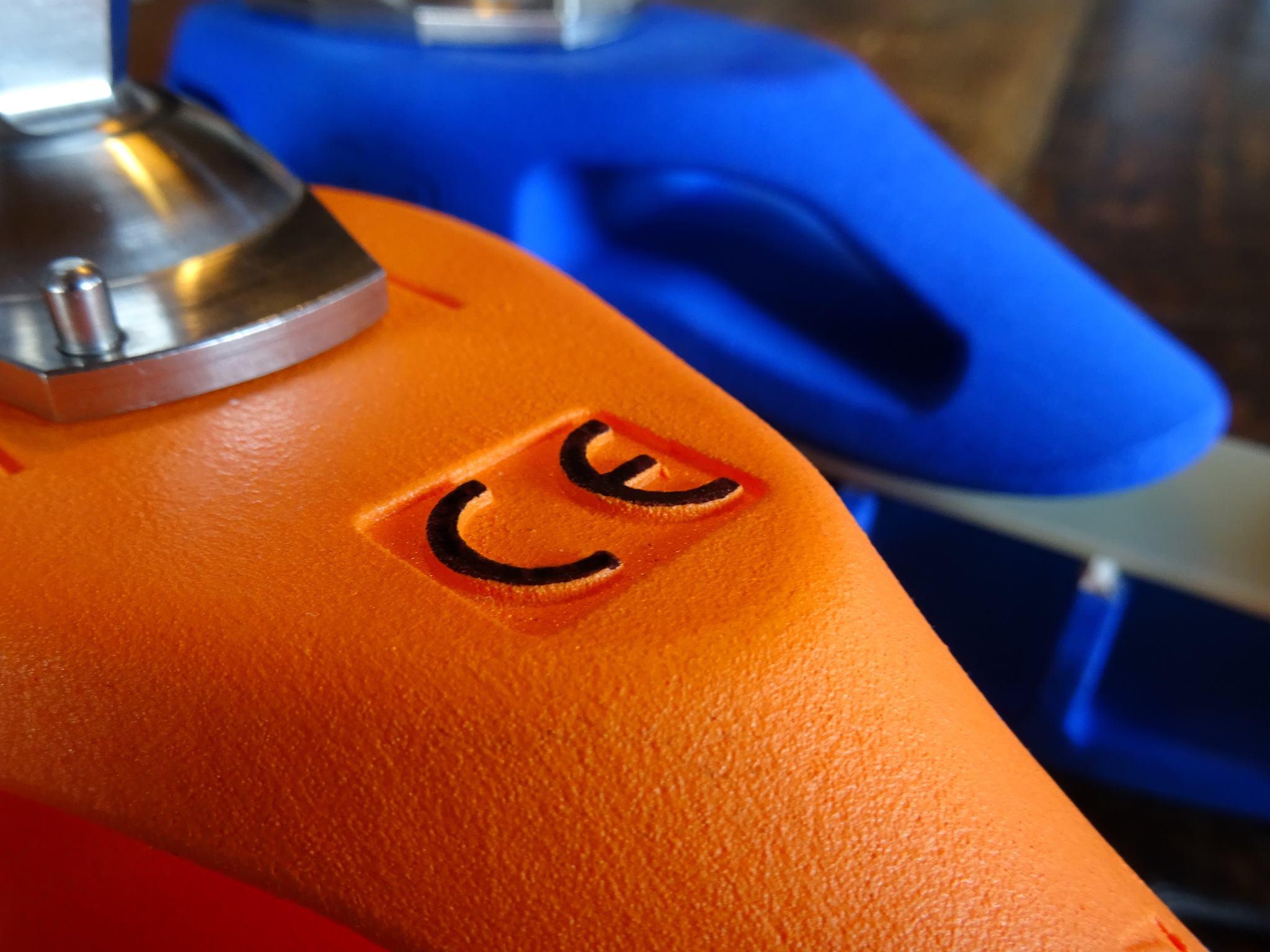 Close-up of the CE marking on the Mecuris prosthetic. Photo via Mecuris.