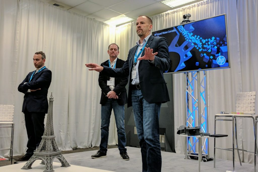 Tim Weber sets out HP's Voxel Vision. Photo by Michael Petch.