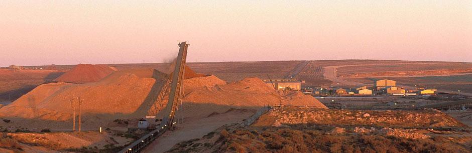 A titanium mine in Namakwa Sands, South Africa. Photo via Tronox.