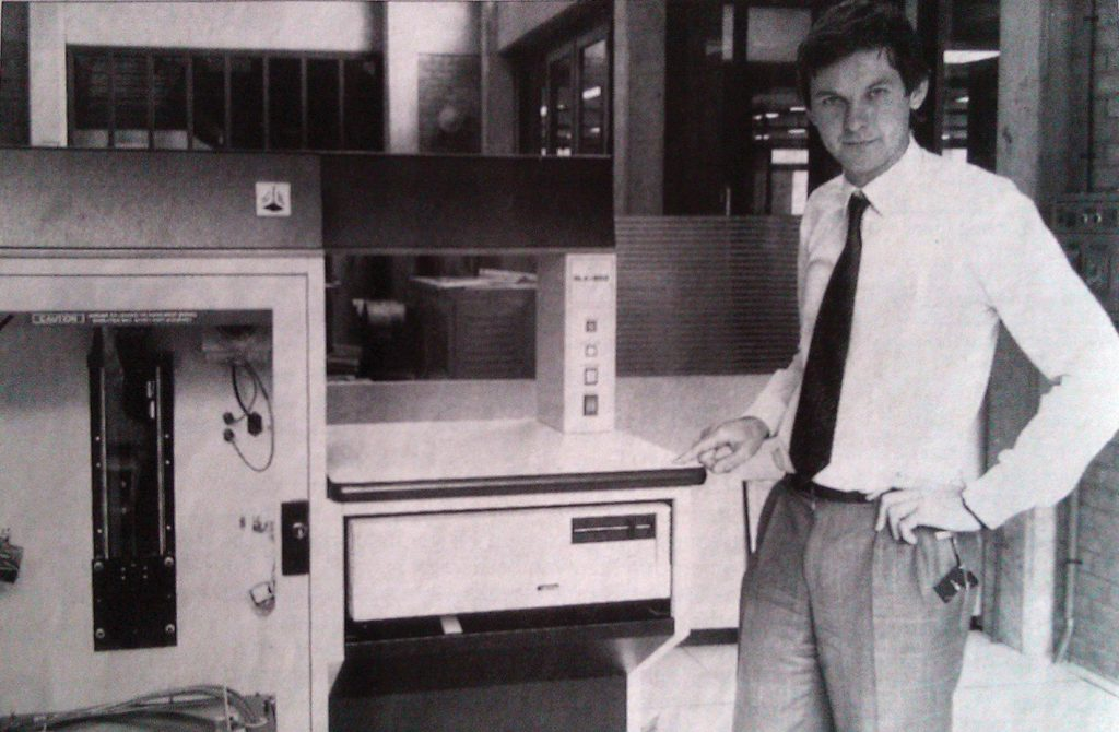Fried Vancraen and the 3D Systems SLA 3D Printer in 1990. Photo ©Materialise.