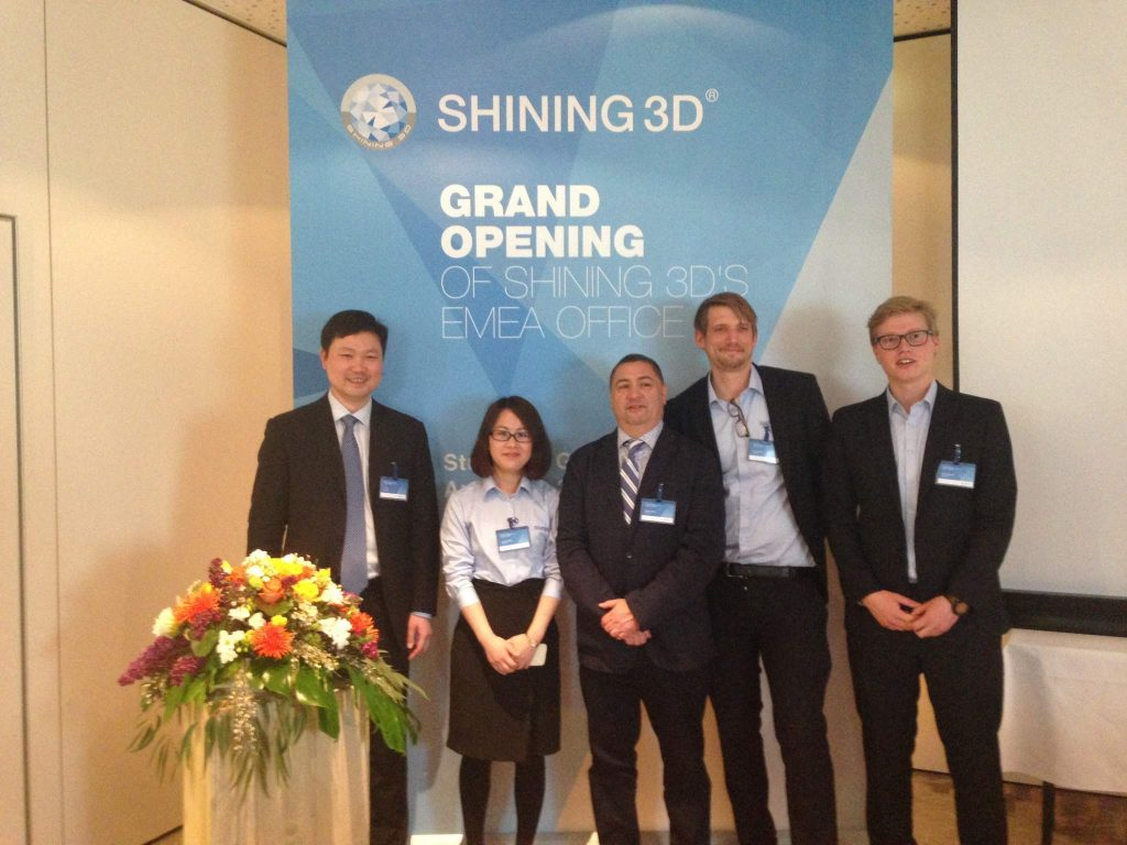 From left to right: Li Tao CEO of Shining3D, Sunny Wong Director of the EMEA office, Oscar Meza VP Marketing and Sales, Niels Stenzel sales & marketing EMEA and David Willers application engineer. Photo by Beau Jackson for 3D Printing Industry