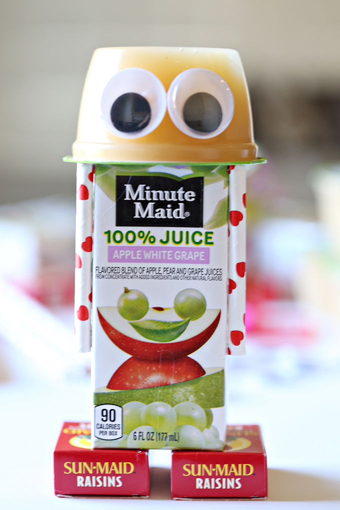 The more child-friendly apple juice robot. Photo via SeeVanessaCraft.