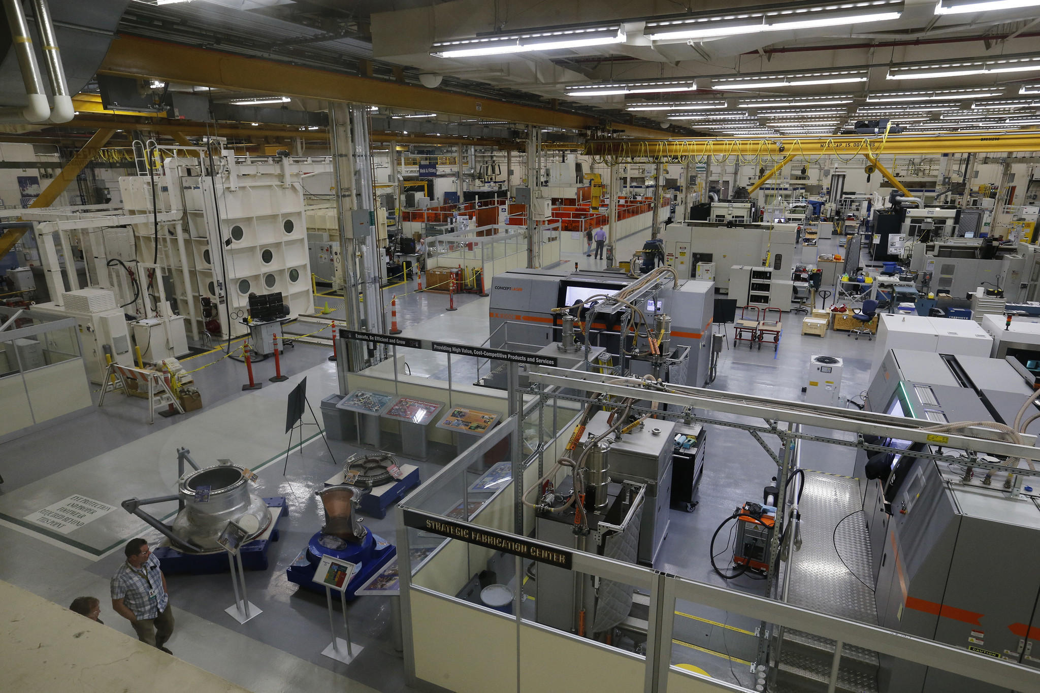 Aerojet Rocketdyne's manufacturing facility in California. Photo via Allen J. Schaben/Los Angeles Times.