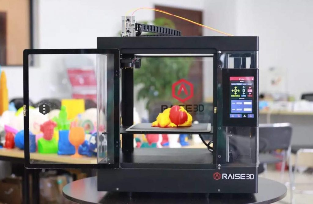 The Raise3D N2 3D printer. Photo via Raise3D