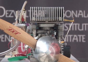 Valentin Stamate's two-stroke propeller engine. Screenshot via Universitatea Transilvania din Brasov on YouTube