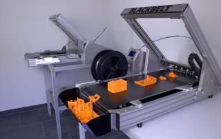 Continuous printing on the Blackbelt. Photo via Blackbelt.