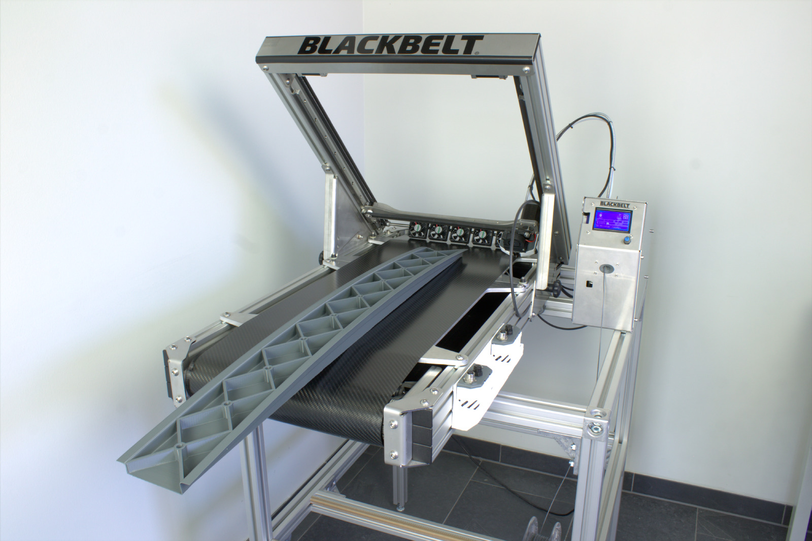Blackbelt show the size of a 3D printed part without the roller table. Photo via Blackbelt.