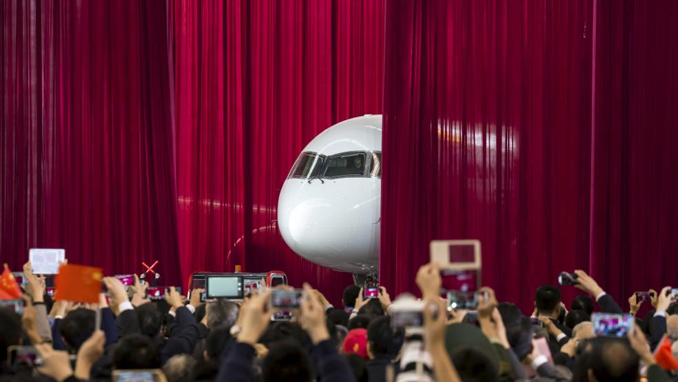 The COMAC C919 first unveiled in 2015. Photo via CHEN XIAO/ ASIANEWSPHOTO.