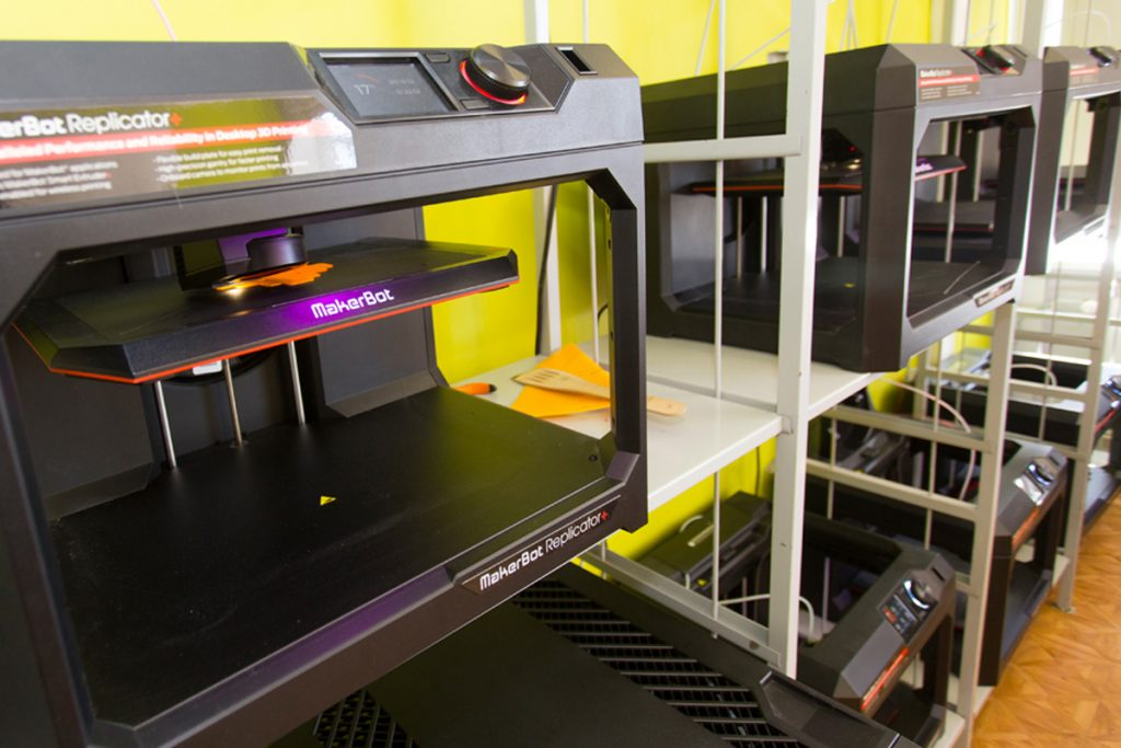 A bank of the Replicator+ installed in Rainis Secondary School No.6 in Liepāja, Latvia. Photo via MakerBot Media Center