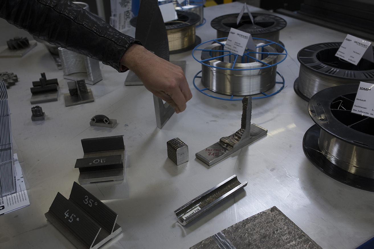 Metal additive manufactured parts on display at the FIT Technological Day. Photo via FIT AG.