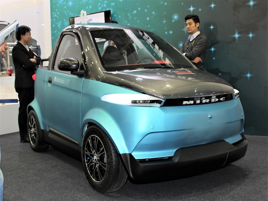 TARC EV with 3D printed interior and exterior parts. Photo via Nikkei Business Publications